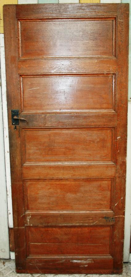DI0655 An Edwardian, Arts & Crafts, Oak Door for internal use