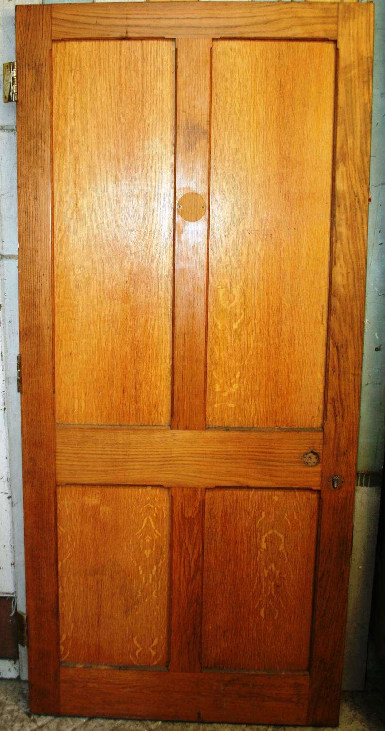 DI0658 A Heavy, Victorian, Internal Fire Door In Oak