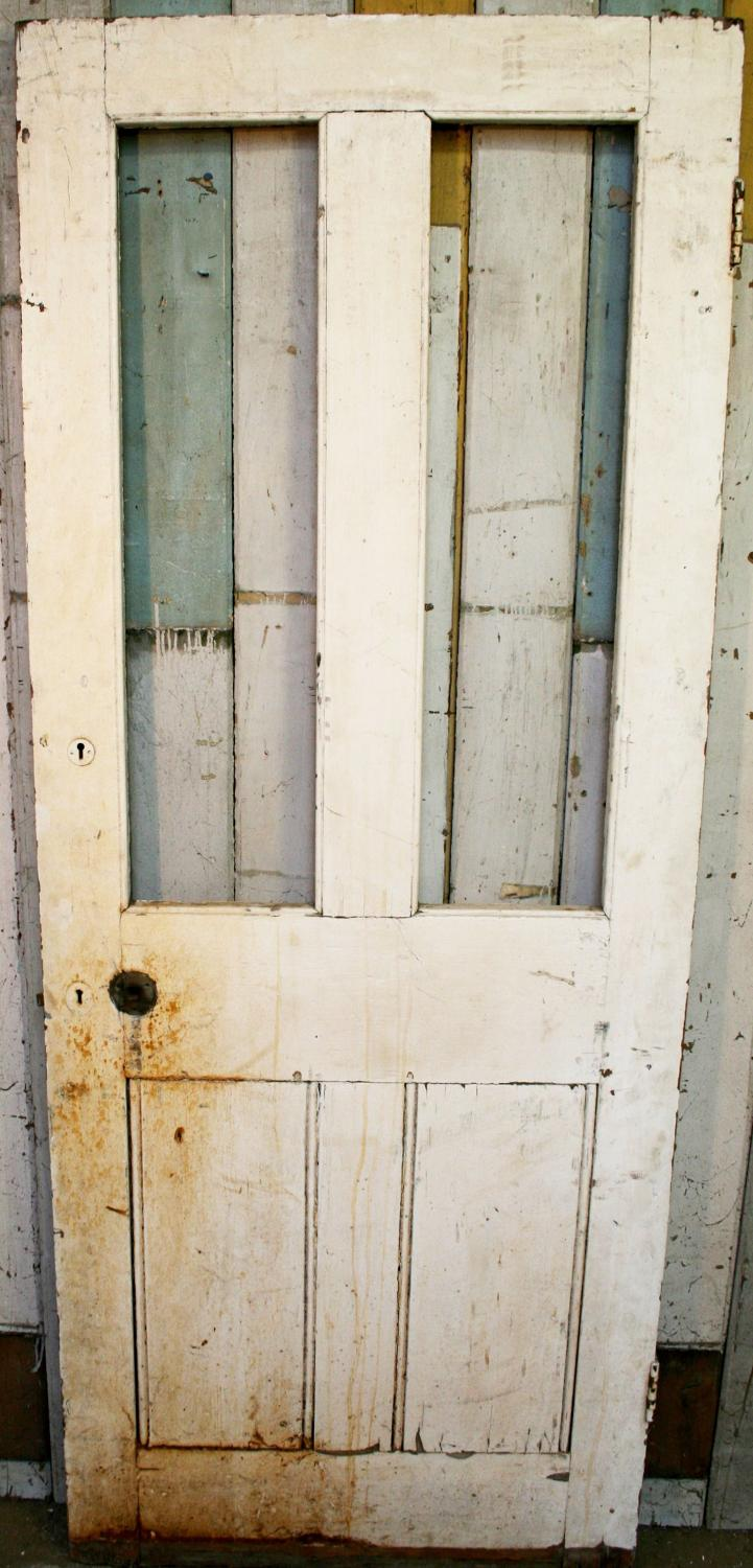 DB0389 A Sturdy Victorian 4 Panel Door, for Internal/External Use