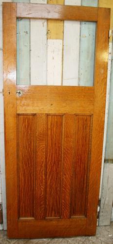 DI0665 A Classic Edwardian Designed Door with Veneered Oak