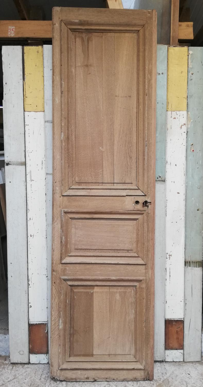 DI0670 A DECORATIVE ANTIQUE FRENCH OAK CHATEAU STYLE DOOR / PANEL