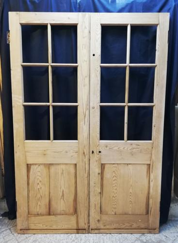 DP0249 A PAIR OF SOLID PINE VICTORIAN INTERNAL SCHOOL DOORS
