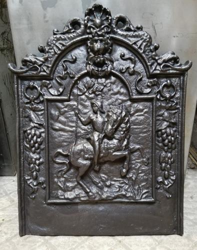 FB0025 A RECLAIMED REPRODUCTION DECORATIVE CAST IRON FIRE BACK