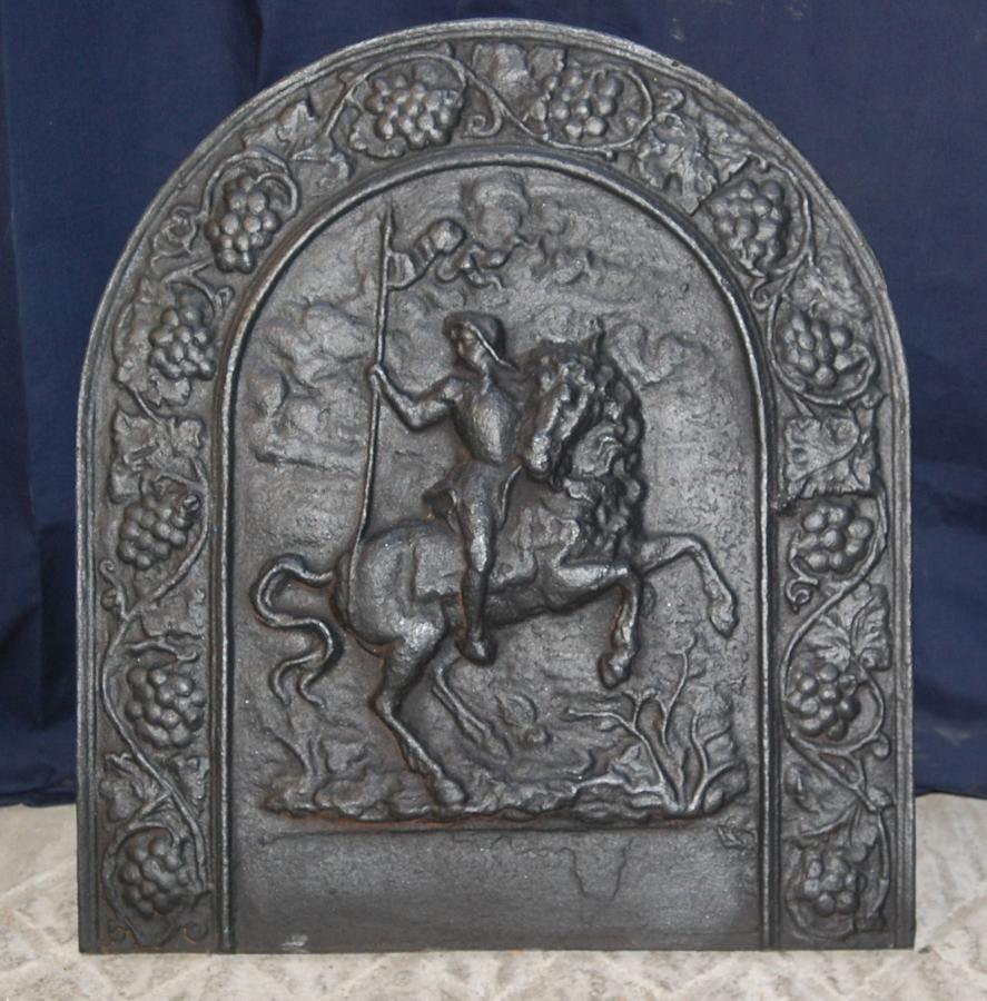 FB0026 A RECLAIMED REPRODUCTION CAST IRON FIRE BACK