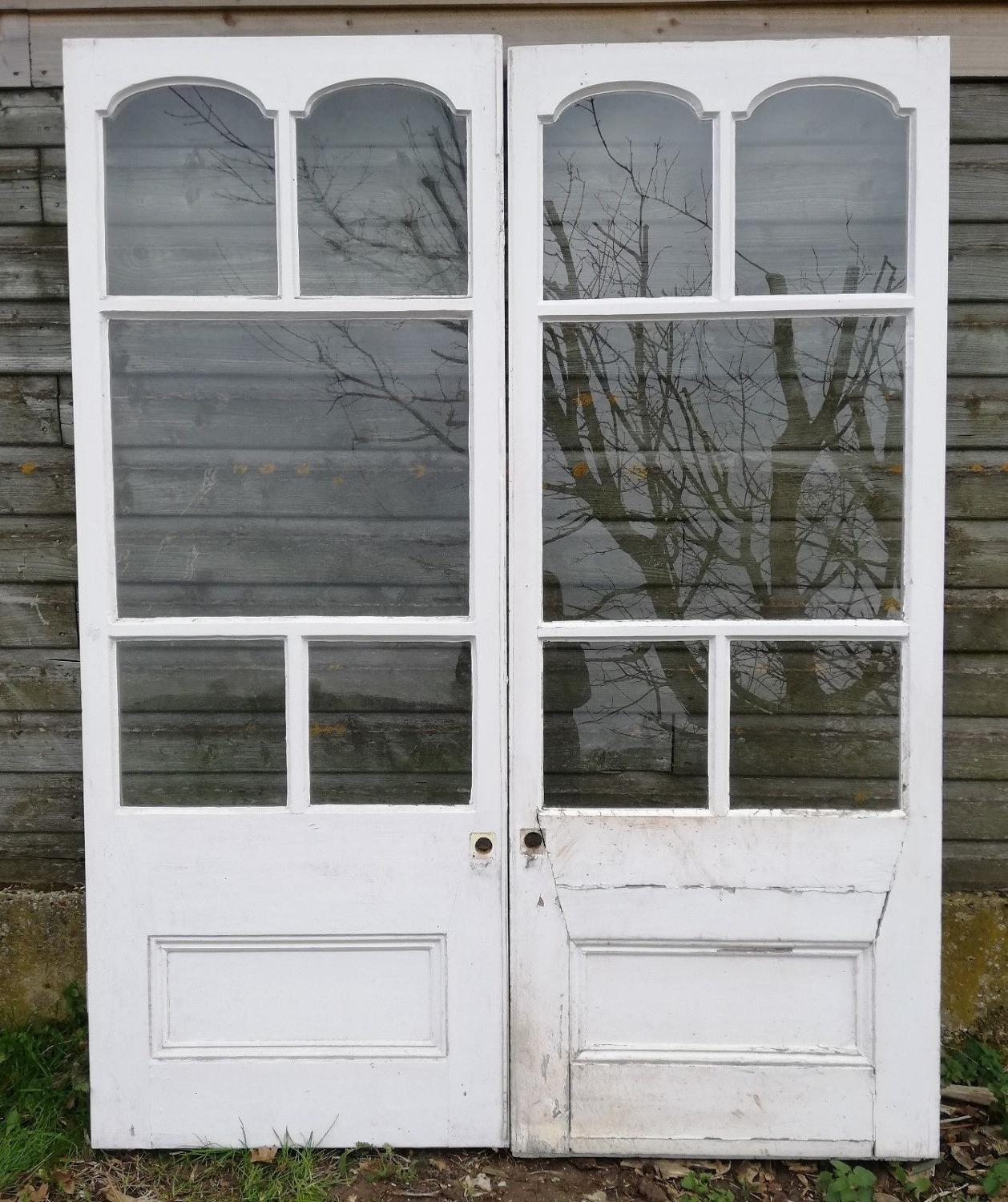 DP0256 A PAIR OF PAINTED PINE VICTORIAN DOORS FOR GLAZING