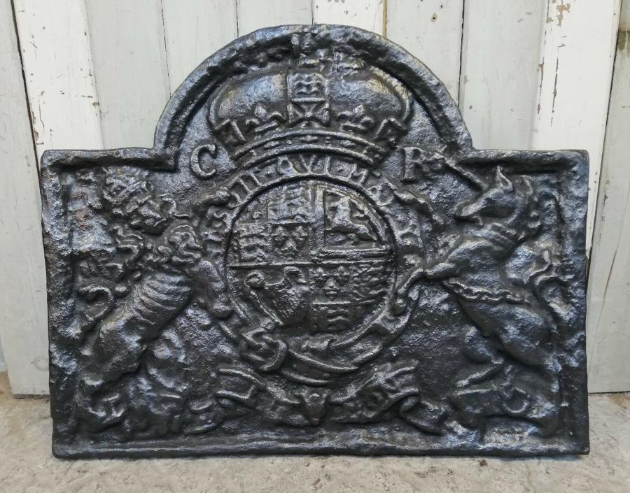 FB0036 A VERY LARGE DECORATIVE REPRODUCTION CAST IRON FIRE BACK