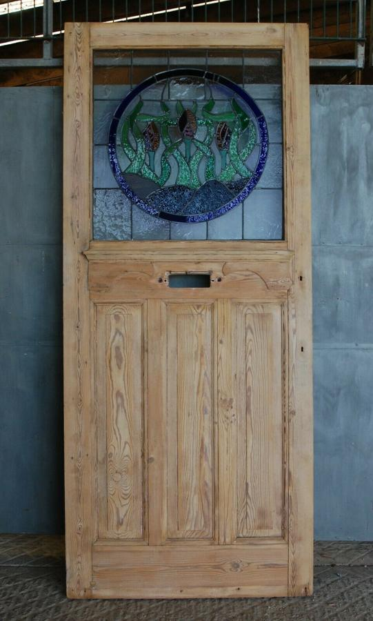 DE0793 PRETTY EDWARDIAN PINE FRONT DOOR WITH STAINED GLASS