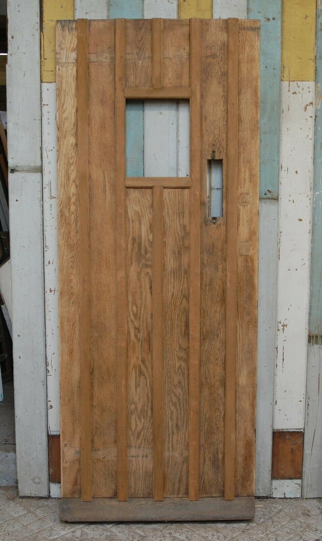 DE0795 RECLAIMED COTTAGE STYLE OAK FRONT DOOR WITH GLAZING PANEL