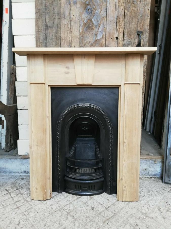 FS0058 RECLAIMED PINE FIRE SURROUND WITH VICTORIAN CAST IRON INSERT