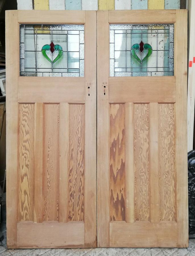 DP0263 PAIR OF PITCH PINE EDWARDIAN STAINED GLASS INTERNAL DOORS