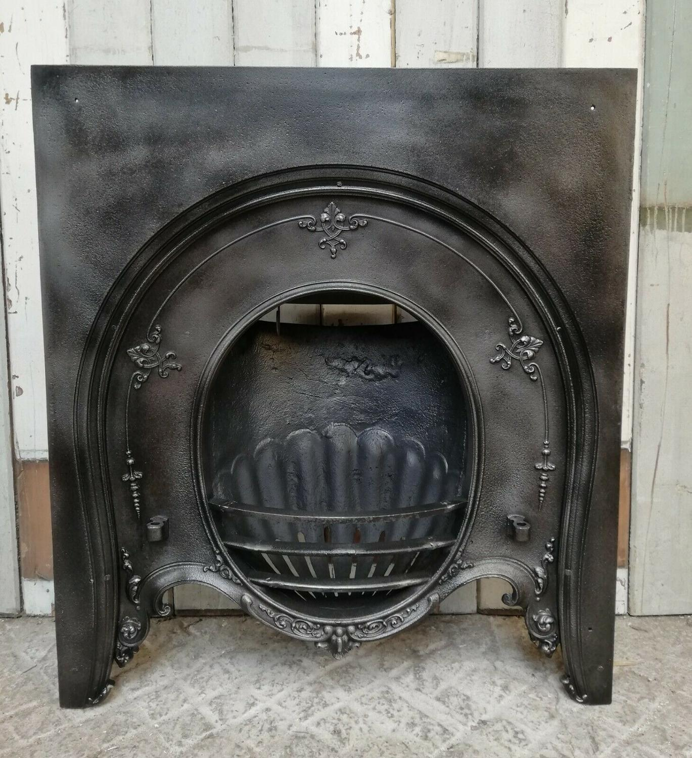 FI0033 VICTORIAN HORSESHOE STYLE CAST IRON FIRE INSERT 2 AVAILABLE