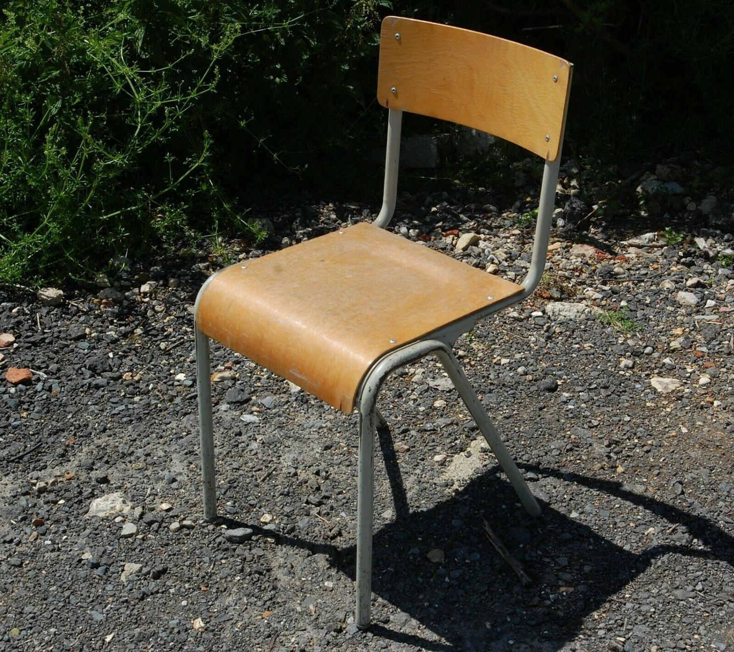 M1286 VINTAGE WOOD / METAL STACKING CHAIRS X 33 SOLD SEPARATELY