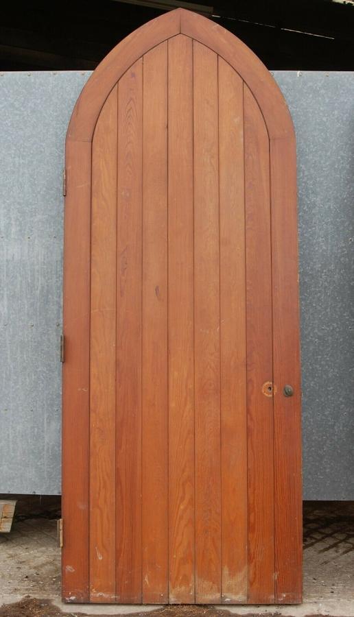 DE0811 RECLAIMED GOTHIC STYLE PITCH PINE DOOR / GARDEN GATE