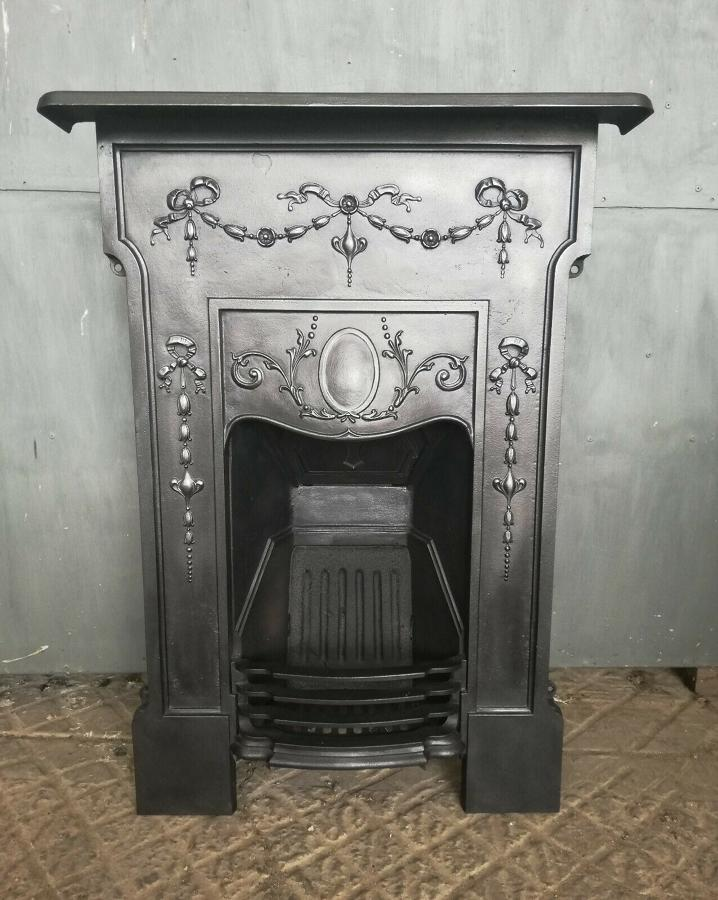 FC0056 AN ATTRACTIVE VICTORIAN CAST IRON COMBINATION BEDROOM FIRE