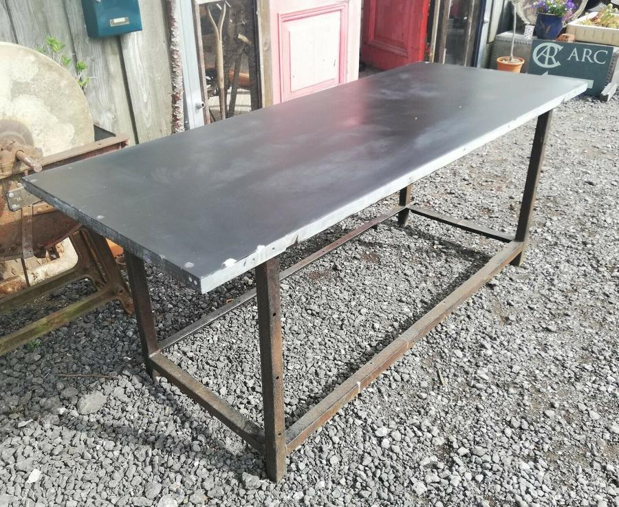 M1306 RECLAIMED SLATE TOPPED GARDEN TABLE, PIZZA OVEN STATION