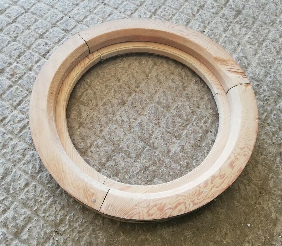 M1308 CHUNKY RECLAIMED CIRCULAR PORTHOLE STYLE PINE WINDOW FRAME