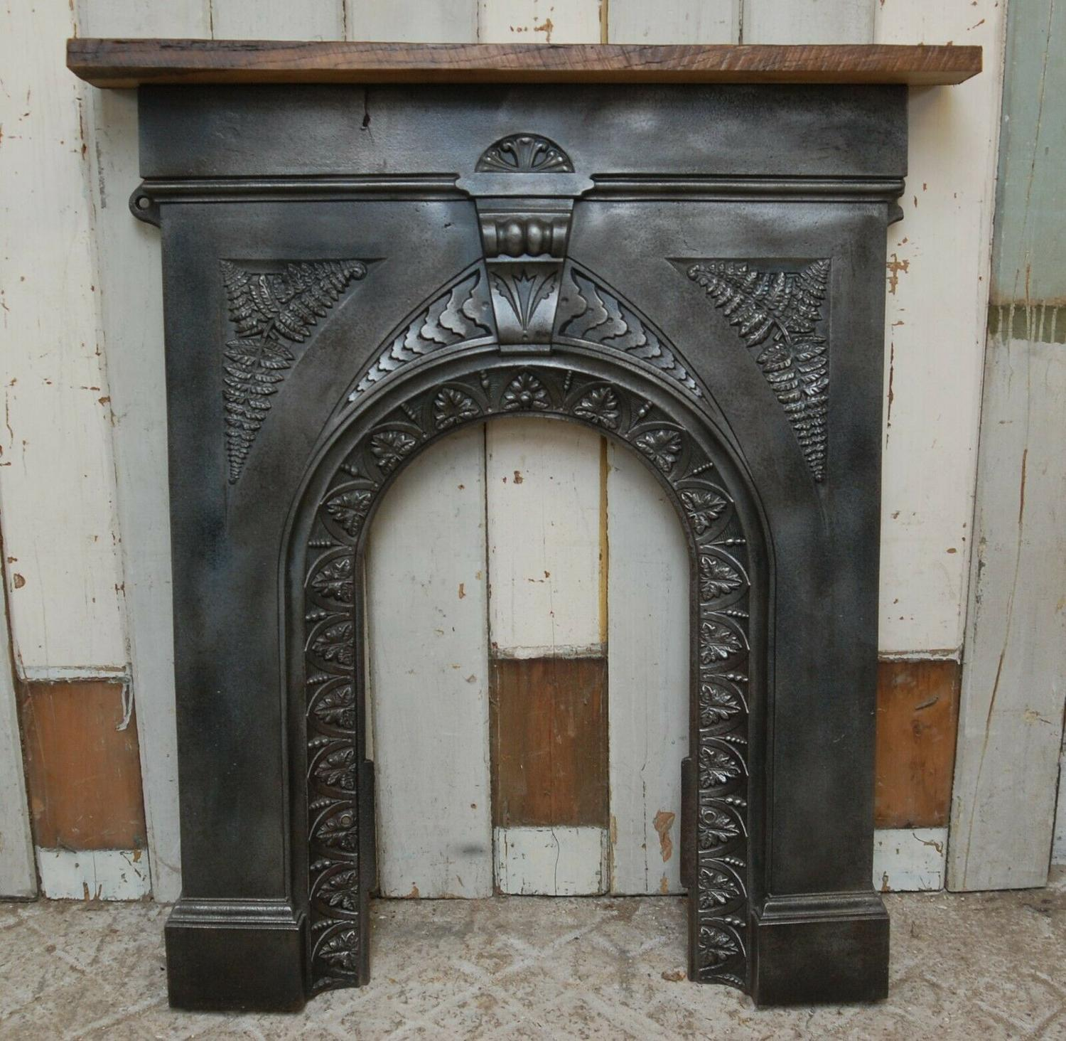 FS0076 DECORATIVE VICTORIAN CAST IRON FIRE SURROUND WITH OAK MANTEL