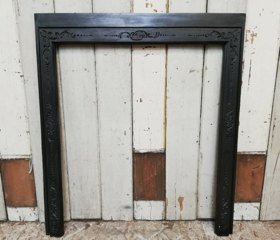 FT0016 ATTRACTIVE CAST IRON FIRE TRIM FOR WOOD BURNER / BASKET