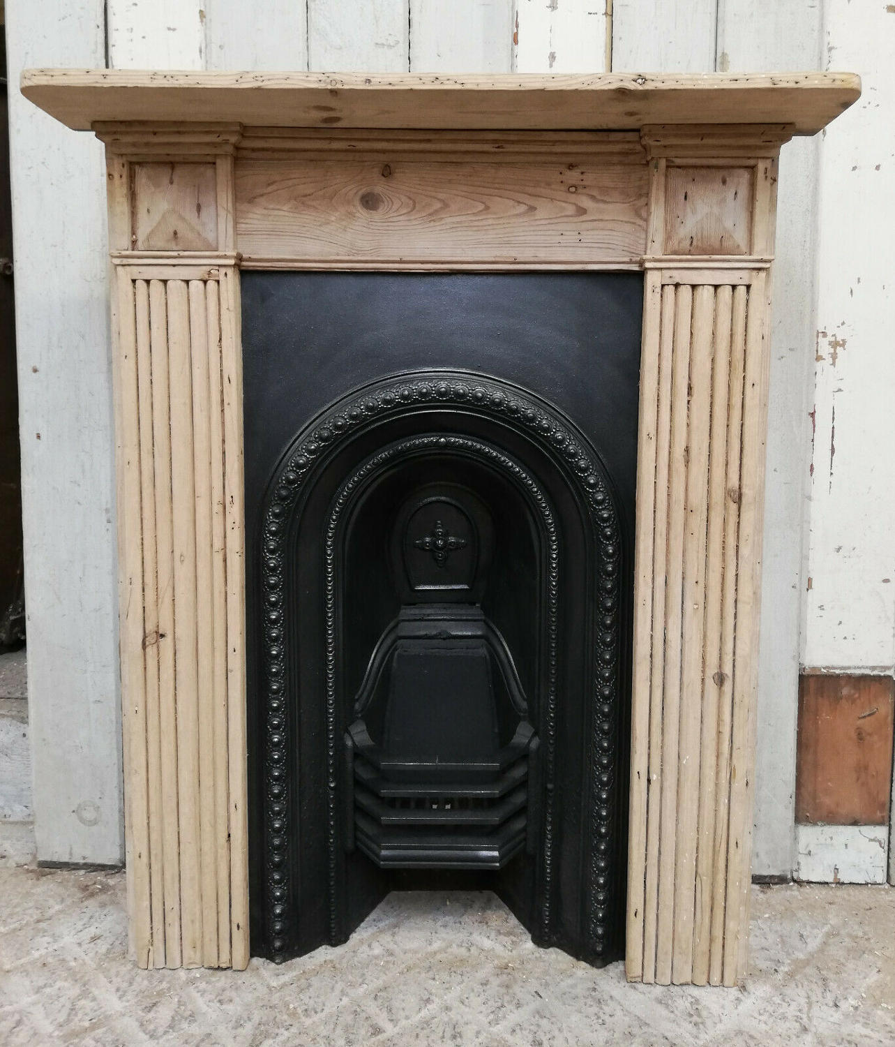FC0057 PRETTY VICTORIAN FIRE INSERT AND RECLAIMED PINE FIRE SURROUND
