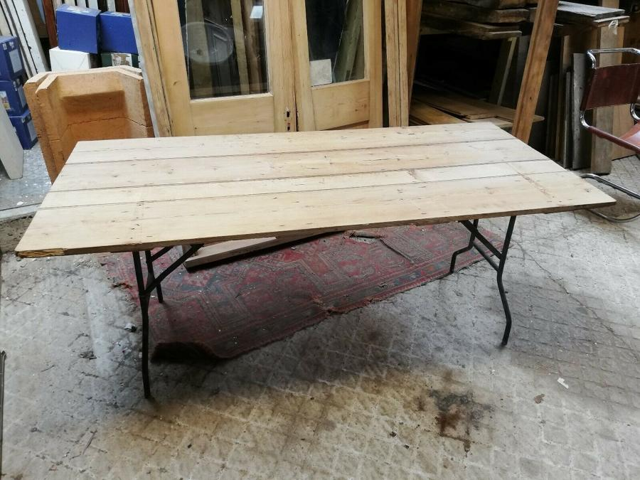 M1314 RECLAIMED RUSTIC PINE PLANK FOLDING TABLE WITH METAL BASE