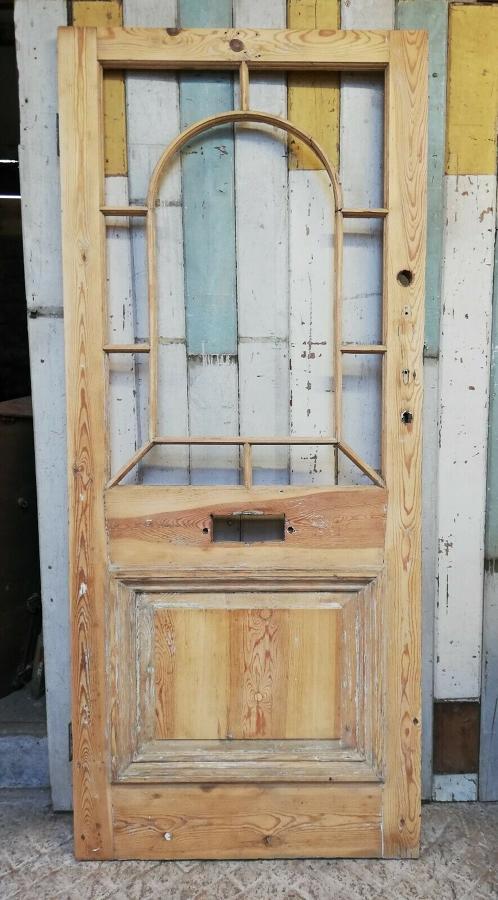 DE0817 BEAUTIFUL VICTORIAN PINE FRONT DOOR WITH PANELS FOR GLAZING