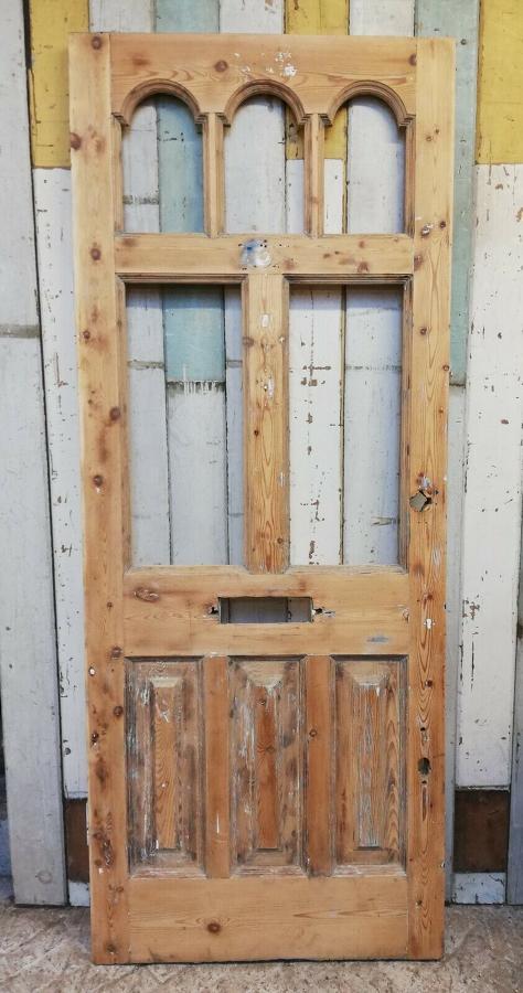 DE0818 A BEAUTIFUL VICTORIAN PINE FRONT DOOR WITH PANELS FOR GLAZING