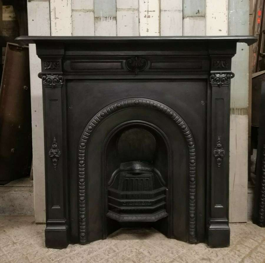 FC0068 A VERY LARGE DECORATIVE VICTORIAN COMBINATION FIRE