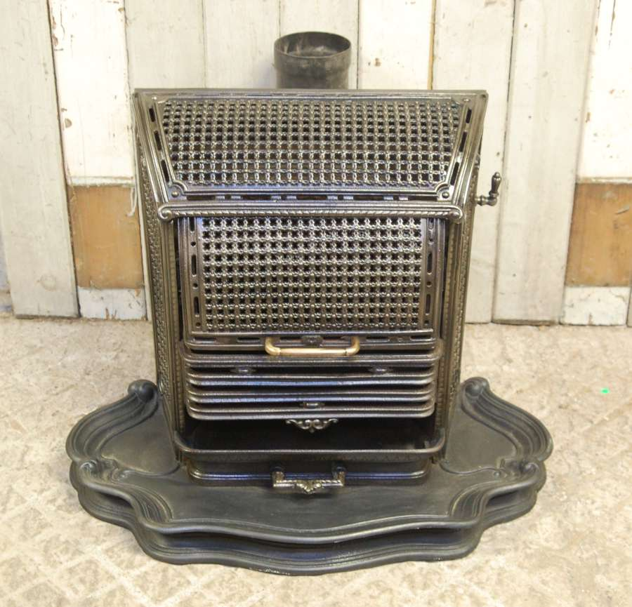 M1337 DECORATIVE FRENCH WOOD BURNING STOVE GARDEN USE OR INTERIOR?