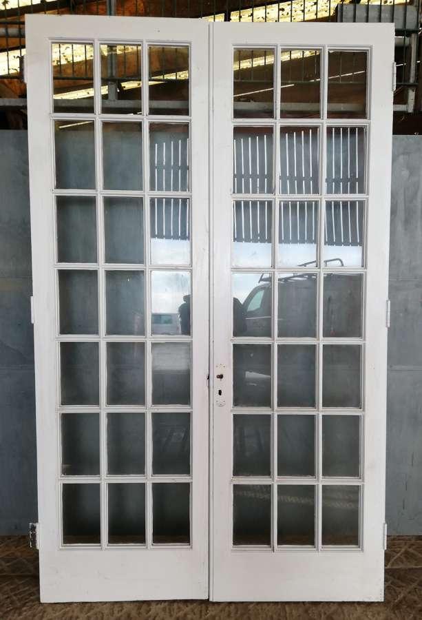 DP0277 A PAIR OF INTERNAL RECLAIMED GLAZED PINE DOORS