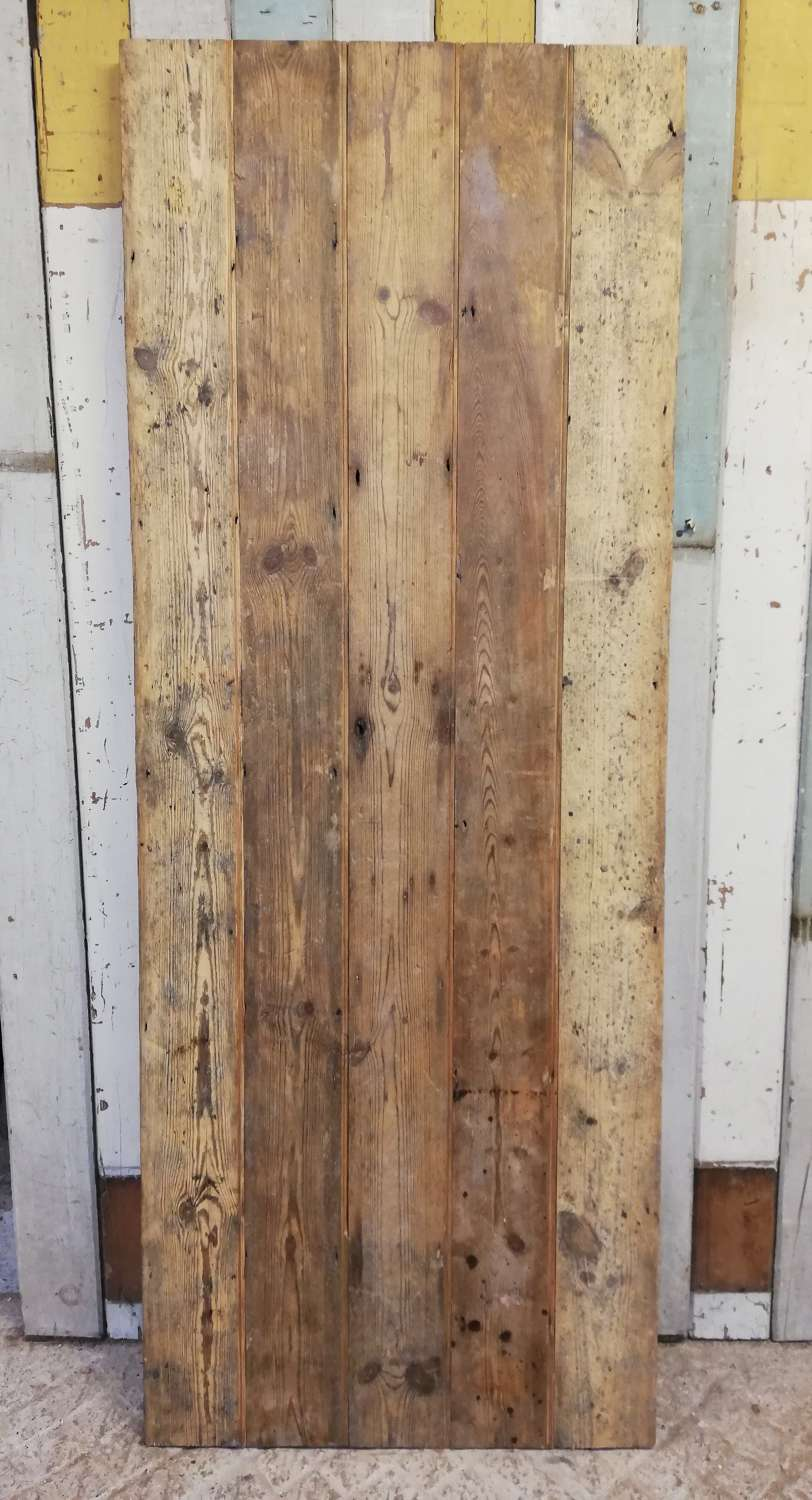 DI0697 A RECLAIMED INTERNAL PINE PLANK DOOR - CAN BE MADE TO ORDER