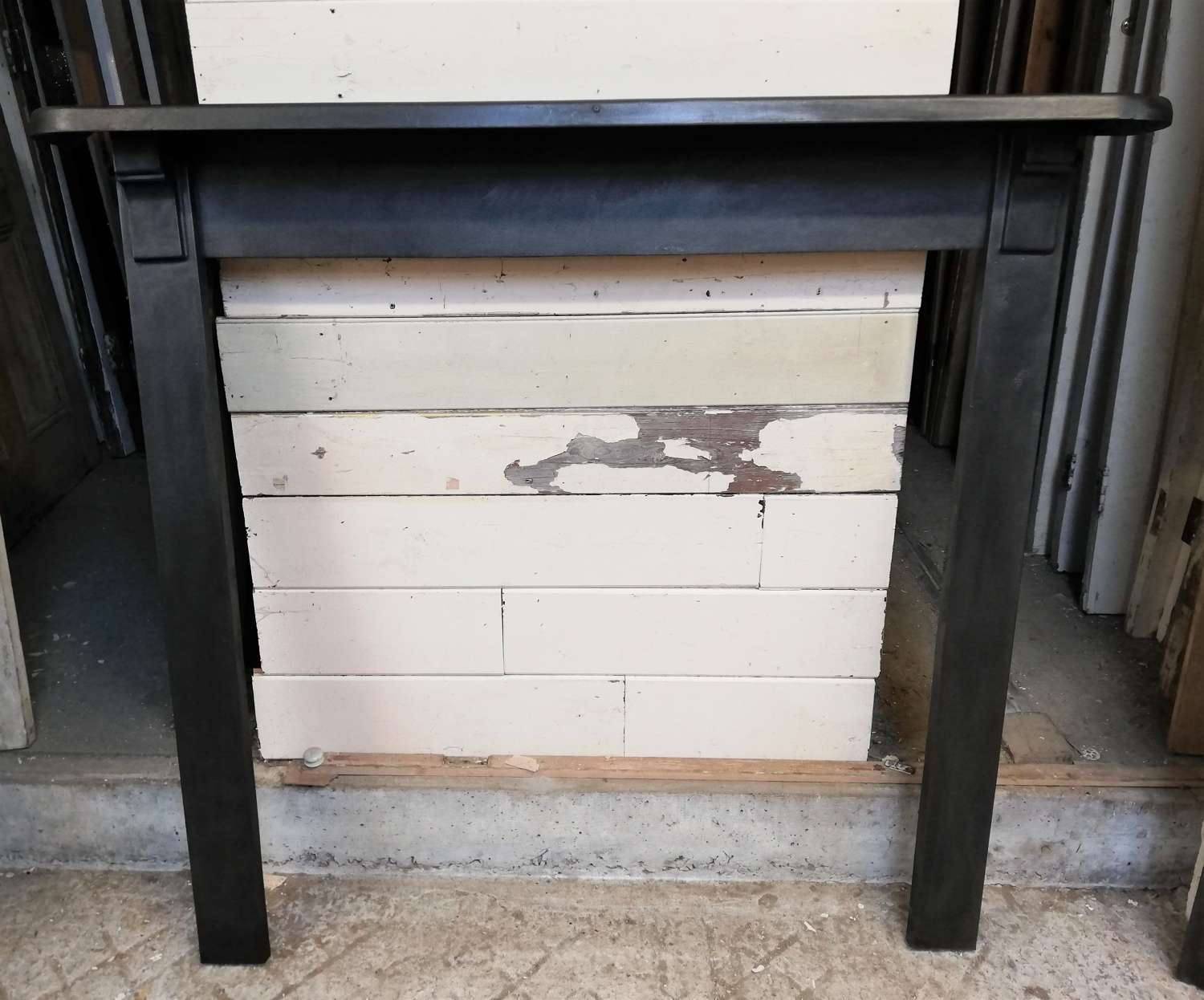 FS0100 INDUSTRIAL RECLAIMED CAST IRON FIRE SURROUND FOR WOODBURNER