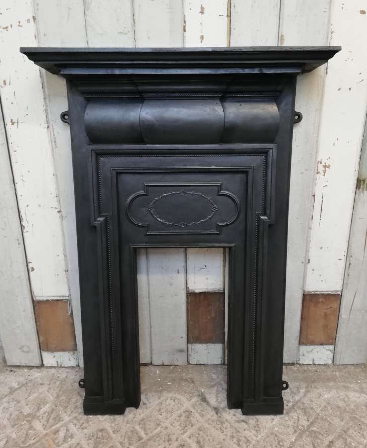 FF0009 A CLASSIC STYLE RECLAIMED EDWARDIAN CAST IRON FIRE FRONT