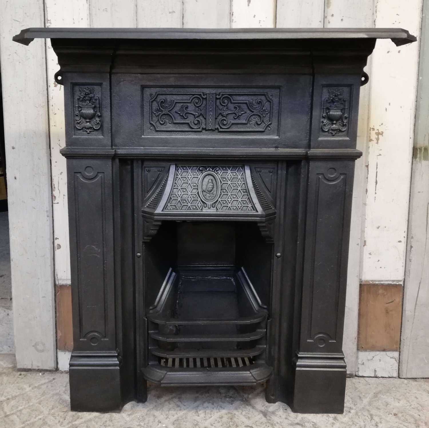 FC0080 ORNATE RECLAIMED ANTIQUE VICTORIAN CAST IRON COMBINATION FIRE