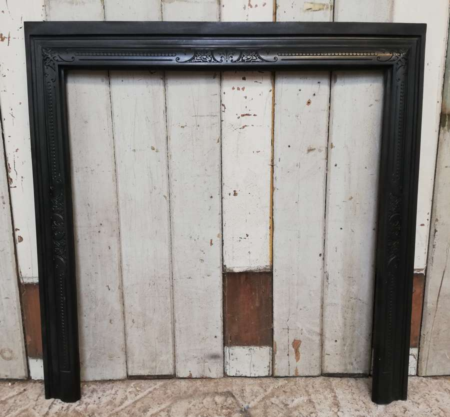 FT0018 ATTRACTIVE ANTIQUE CAST IRON FIRE TRIM FOR WOODBURNER / BASKET