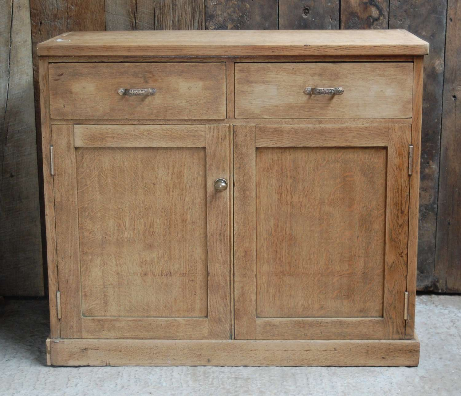M1369 AN ATTRACTIVE RECLAIMED BARE OAK DRESSER BASE / CUPBOARD