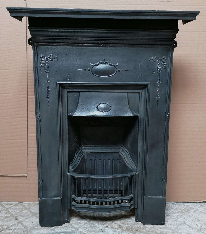 FC0098 A PETITE RECLAIMED EDWARDIAN CAST IRON BEDROOM COMBINATION FIRE