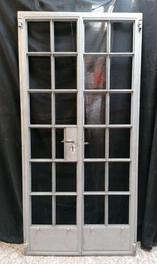 DP0296 A PAIR OF RECLAIMED INTERNAL CRITTALL DOORS AND FRAME