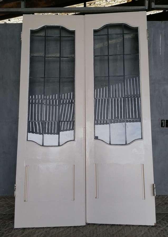 DP0295 A PAIR OF EDWARDIAN GLAZED FRENCH DOORS INTERNAL / EXTERNAL