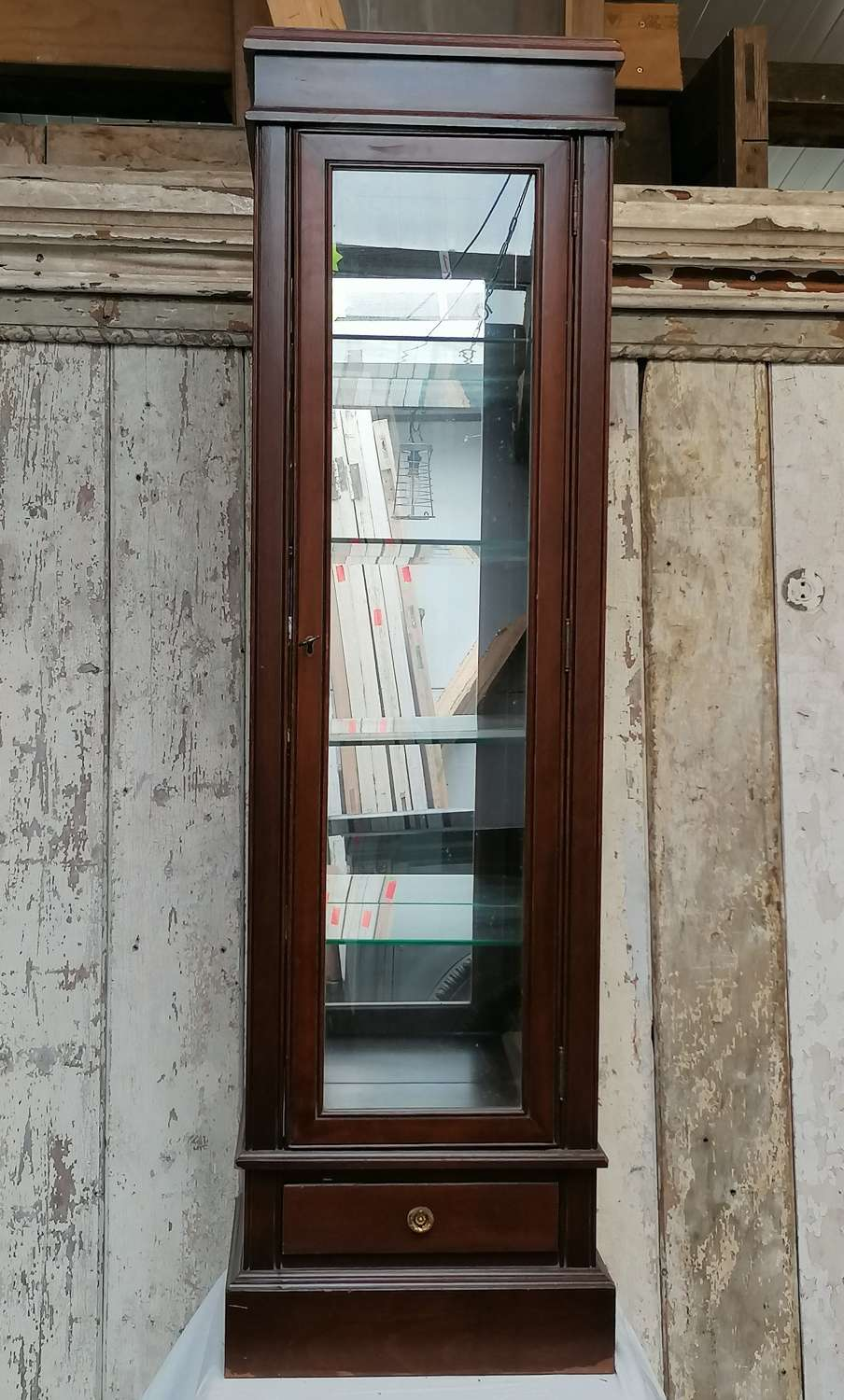 M1419 A BEAUTIFUL VINTAGE RECLAIMED WOOD AND GLASS DISPLAY CABINET