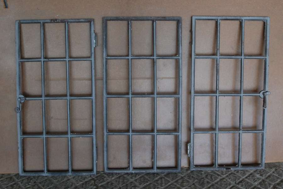 M1423 THREE RECLAIMED CAST IRON WINDOWS FOR PLAIN OR MIRROR GLASS