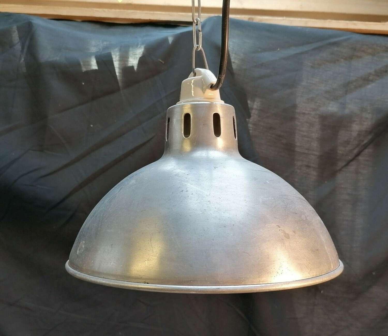 M1430 A RECLAIMED HANGING ALUMINIUM LAMP / INDUSTRIAL STYLE LIGHT