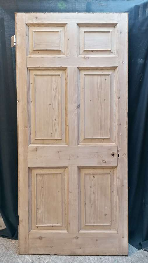 DI0728 LARGE RECLAIMED STRIPPED PINE 6 PANEL INTERNAL DOOR