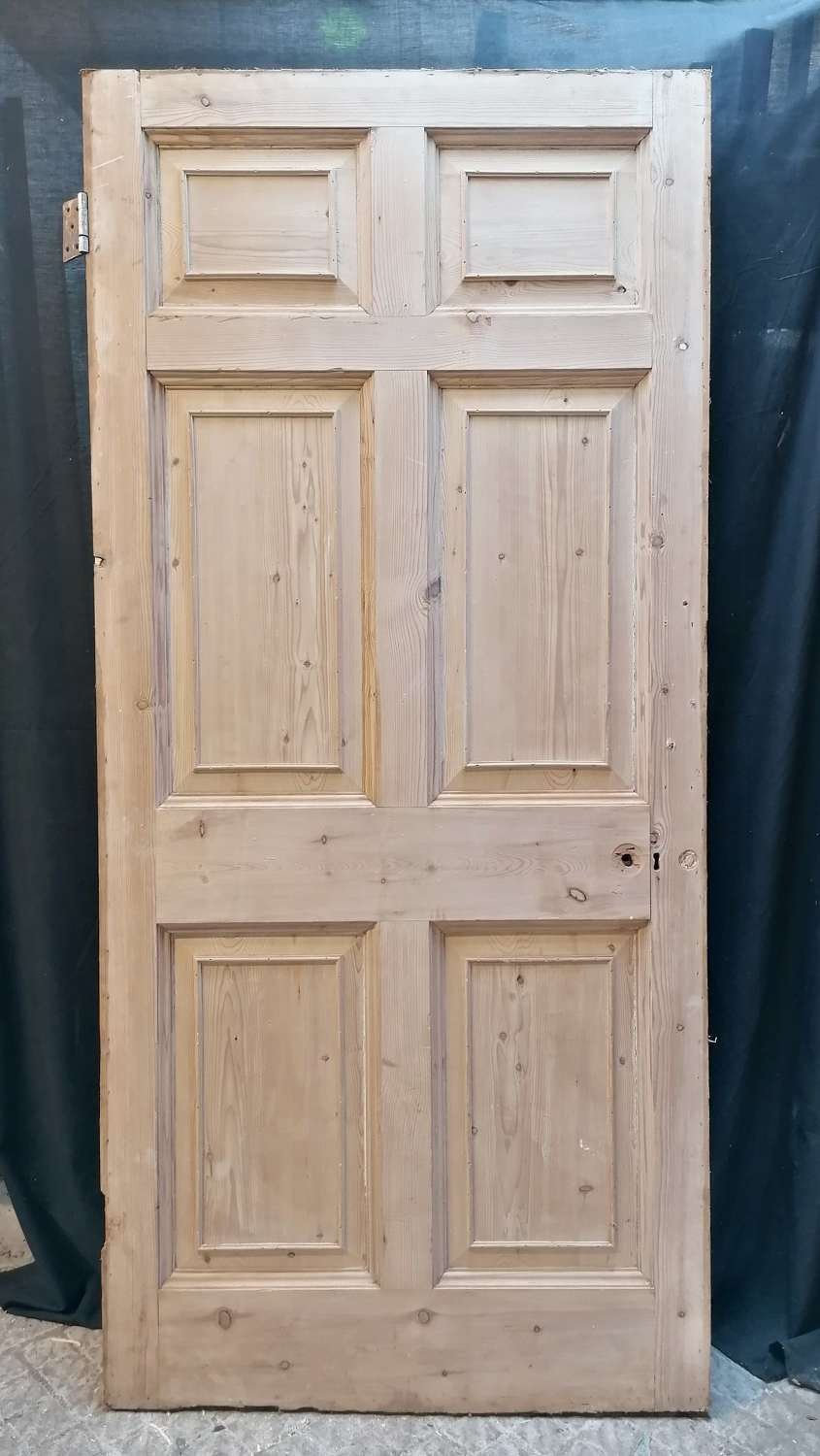 DI0728 LARGE RECLAIMED STRIPPED PINE 6 PANEL INTERNAL DOOR