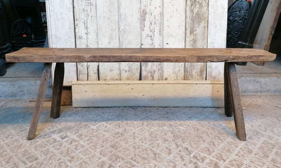 M1436 A RUSTIC RECLAIMED FARMHOUSE / COUNTRY STYLE OAK BENCH