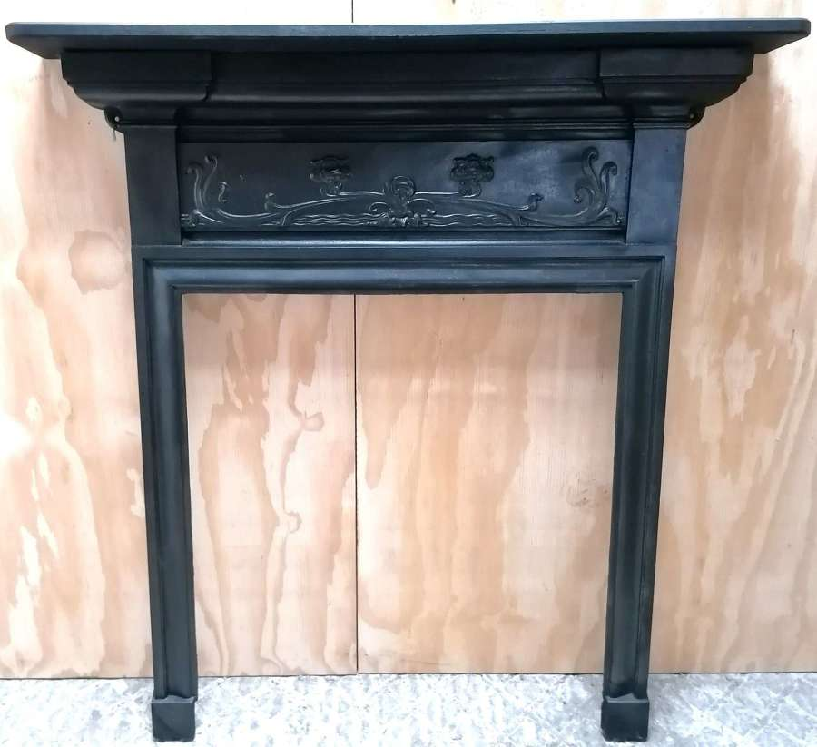 FS0139 ANTIQUE EDWARDIAN CAST IRON FIRE SURROUND WITH OAK MANTEL