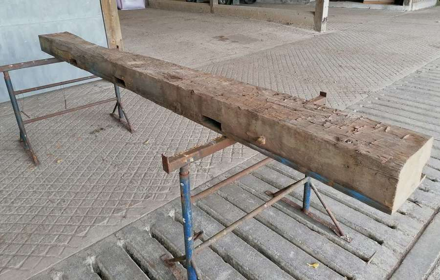 M1464 A VERY OLD RUSTIC RECLAIMED ELM BEAM FOR PROJECT