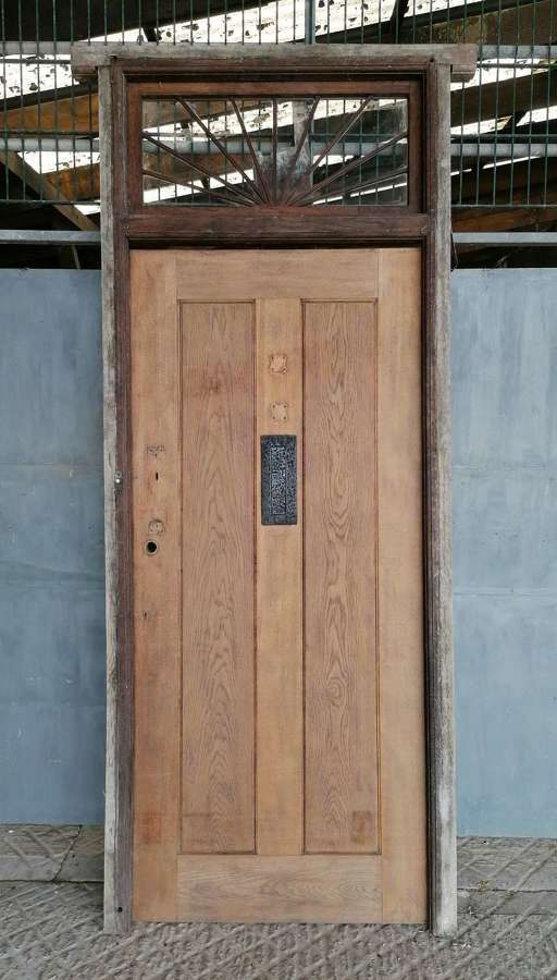 DE0890 A RECLAIMED ARTS AND CRAFTS OAK FRONT DOOR, FRAME & OVERLIGHT