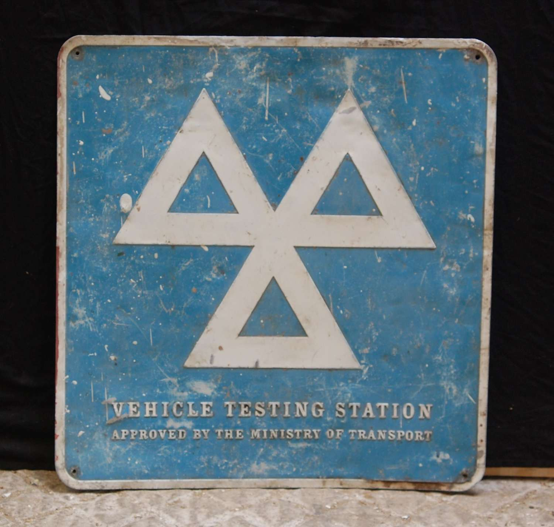 M1484 AN ORIGINAL RECLAIMED VINTAGE MOT TESTING STATION METAL SIGN
