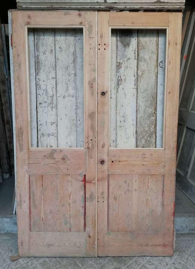 DP0324 A PAIR OF VICTORIAN INTERNAL PINE DOORS FOR GLAZING