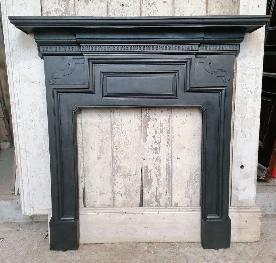 FS0155 A GEORGIAN STYLE CAST IRON FIRE SURROUND FOR WOOD BURNER C.1900